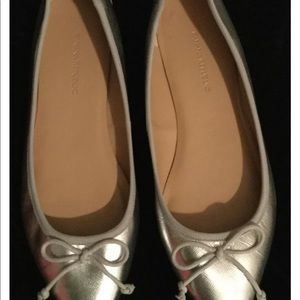 BR Textured Silver Ballet Flats size 7.5